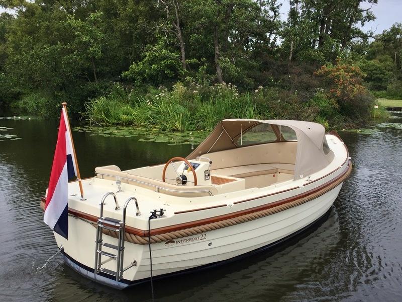 Interboat 22